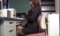 สาวธนาคารนมโตๆร่านหีตกเบ็ดในห้องทำงานสุดซื๊ดดูเว็บโป๊ในคอมแล้วมันเงี่ยนมีอารมย์ทนไม่ไหวแล้ว สาวธนาคารนมโคตรใหญ่ๆร่านหีสาวตกเบ็ดในห้องทำงานสุดซื๊ดดูเว็บโป๊ในคอมแล้วมันโคตรเงี่ยนมีอารมย์ทนไม่ไหวแล้ว